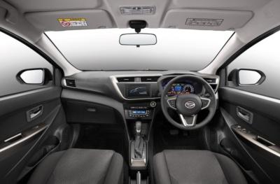 図2 新型車の内装