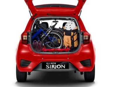 図3 新型車の荷室