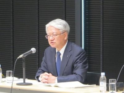 神戸製鋼所会長兼社長の川崎博也氏