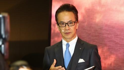 図1 展示会トヨタ自動車ブースに登壇した副社長の友山茂樹氏