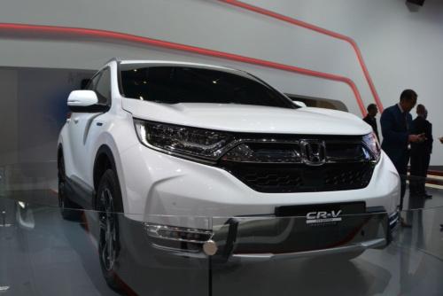 図2 ホンダの新型SUV「CR-V」欧州向け量産モデル