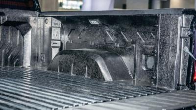 図2 新型シエラの荷台
