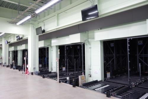 図6 自動倉庫