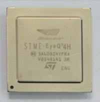 図2 EyeQ4の外観。伊仏合弁STマイクロエレクトロニクスが製造を担当