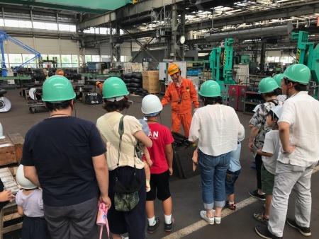 多様な働き方を促すために東京急行電鉄が開催した車両工場の見学イベント