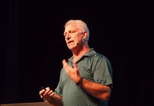 Hot Chips 30に登壇した、NanteroのPrincipal Systems ArchitectのBill Gervasi氏