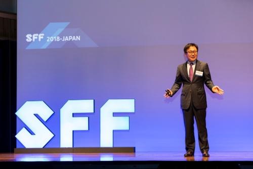 ES Jung氏。Samsung Foundryの写真