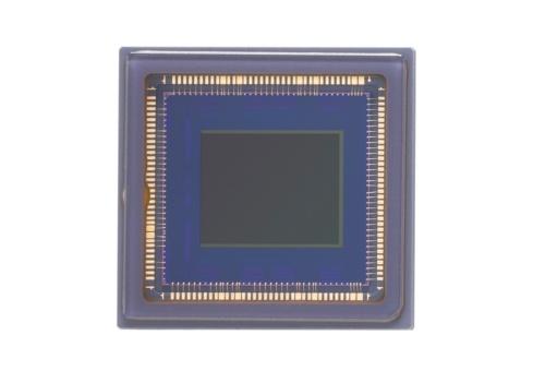図1 キヤノンが発売したグローバルシャッター方式のCMOSセンサー