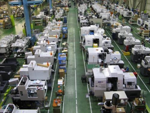 図2●軽井沢本社工場。フル生産が続く