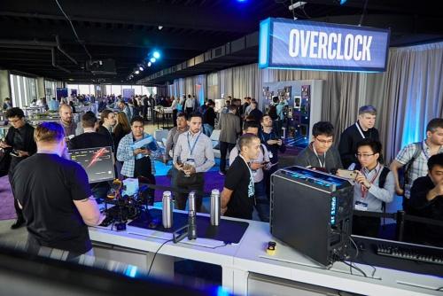 ニューヨークで行った新製品発表会。Intelの写真