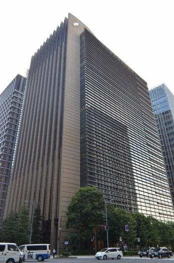 三井住友銀行の本店(東京・千代田)