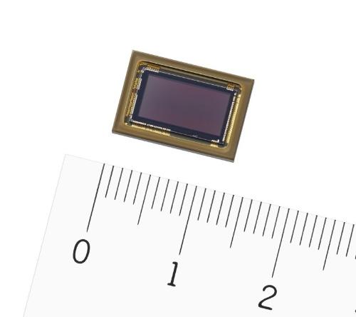 図2 2020年に量産する約800万画素のCMOSイメージセンサー(出所:ソニー)
