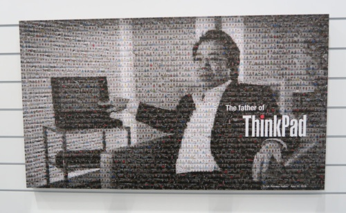 「ThinkPadの父」の写真も