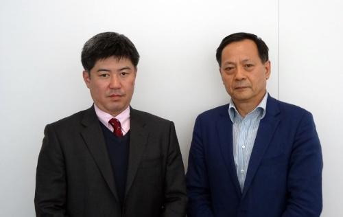 左から、開発を統括したサイバネットシステム 医療ビジュアリゼーション部 部長の須貝昌弘氏、同 部長補佐の華原革夫氏