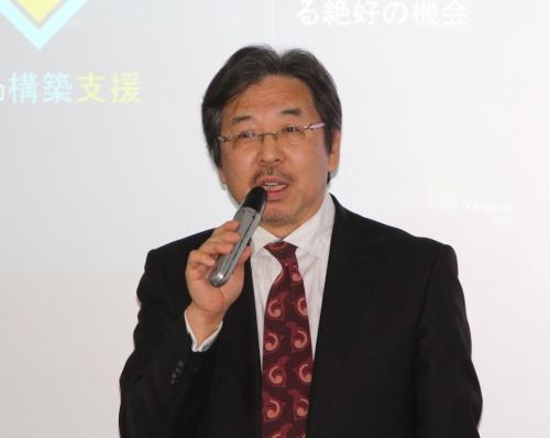 信頼性憲章の意義を説明するシーメンス日本法人の藤田研一社長兼CEO(最高経営責任者)