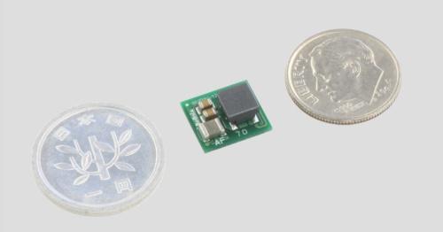 外形寸法が10mm×11mm×6mmと小さく、正負両方の出力が可能な昇降圧型DC-DCコンバーターモジュール。ベルニクスの写真