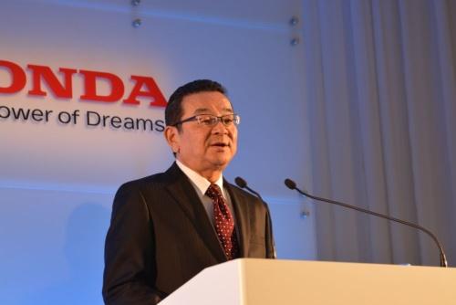 図1 今後の事業方針を説明するホンダ社長の八郷隆弘氏