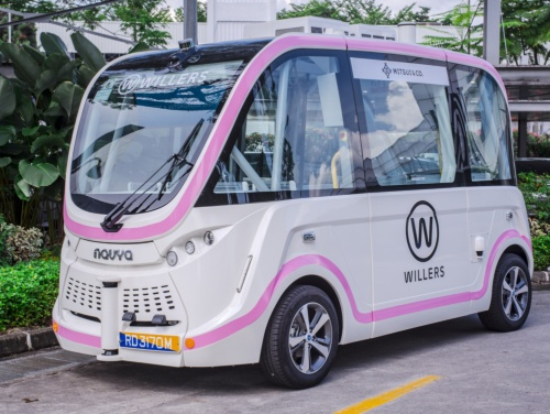 WILLERがシンガポールで運行する仏Navya製の電動自動運転バス