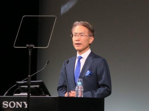 登壇するソニー 社長 兼 CEOの吉田憲一郎氏