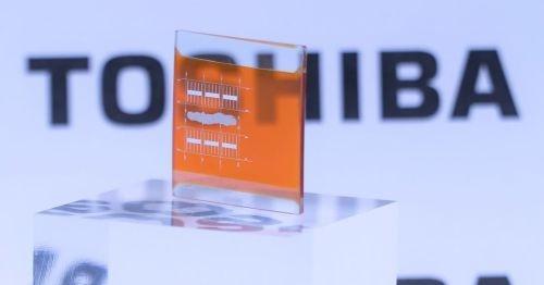 東芝が開発したタンデム型太陽電池のトップセル