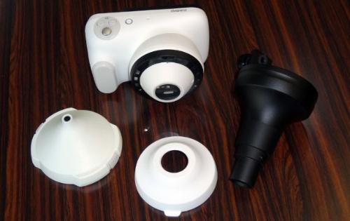 皮膚科医向けカメラ「DZ-D100」とオプションのアダプター