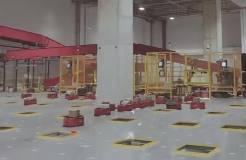 MUJINのロボット用コントローラーなどを導入した中国・京東集団の物流センター