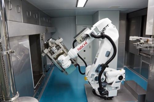 「多関節ロボット」