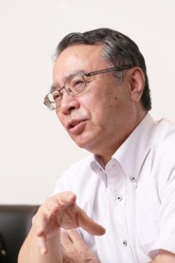 藤村 俊夫氏