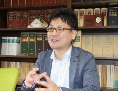 原告側の弁護人を務めた金田万作弁護士