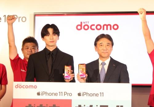 NTTドコモのiPhone発売イベントの様子