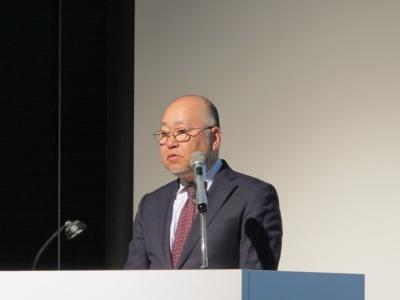 岡田稔明氏