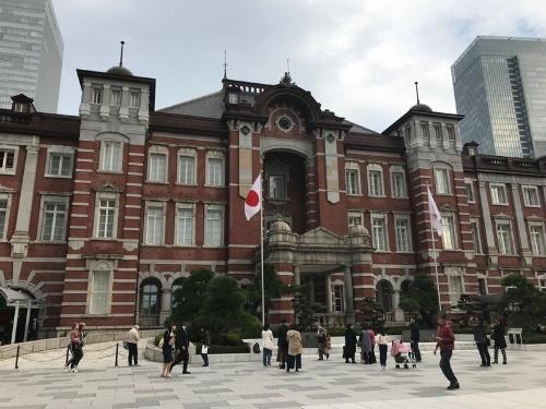 東京駅は1日約180万人が利用する