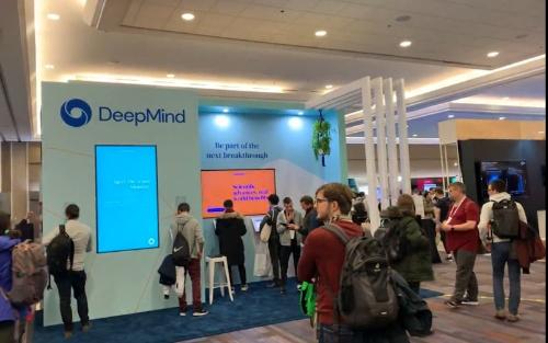 グーグル系AI開発企業であるディープマインドの展示ブース