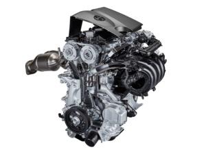 「カムリ」に搭載するハイブリッド車用2.0Lガソリンエンジン