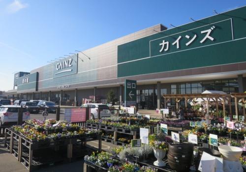 カインズは店舗に並ぶ商品の場所を検索しマップ上に表示するアプリを開発した(埼玉県さいたま市の店舗)
