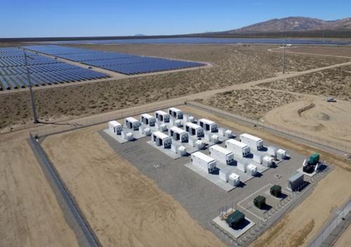 図3●LADWPの「ベーコン・ソーラープロジェクト(太陽光発電所とエネルギー貯蔵設備)」。「エランドソーラー&ストレージセンター」もこの付近に建設される