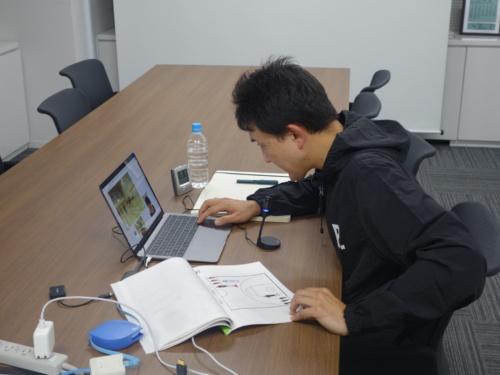遠隔指導は東京・文京区にあるBリーグのオフィスから実施した