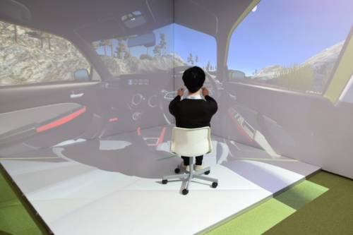 図1 パナソニックが開発下車載HMIを仮想空間で検証するVRシミュレーター