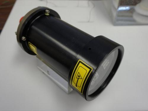 水中光無線通信装置「MC100」