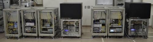 東京スカイツリーの実験に用いた可搬型の光格子時計装置