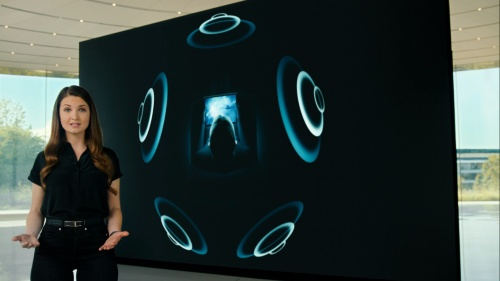「AirPodsをさらに進化させる」というコメントとともに、Spatial Audioへの対応が発表された