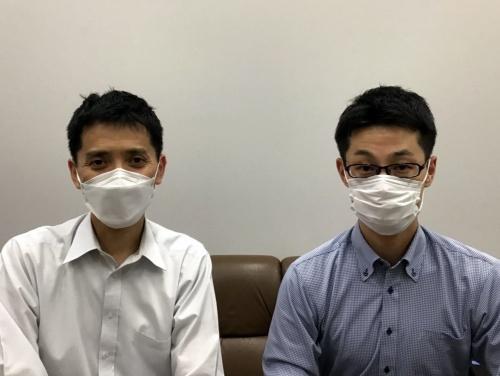 JR東日本の山口修 鉄道事業本部運輸車両部ビジネス戦略(輸送)グループ課長(左)と千種健二 同グループ主席