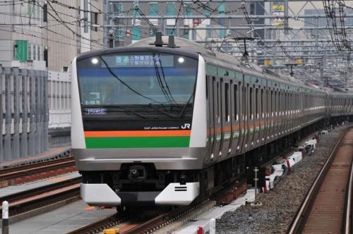 上野東京ラインの列車。複数の路線を直通して走る
