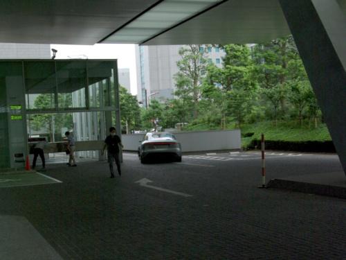 バック走行で登場したソニーのクルマ「VISION-S」EV試作車
