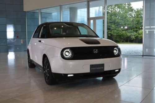 図1 ホンダの新型EV「Honda e」