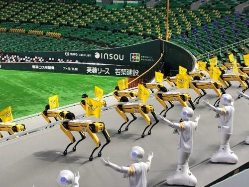 ダンスを披露する4脚ロボット「Spot」