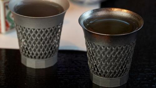 日本酒を注いだ状態