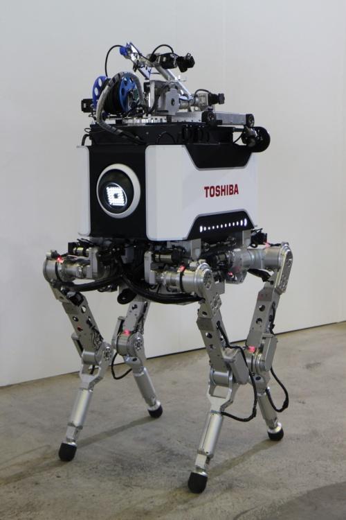 東芝の「4足歩行ロボット」