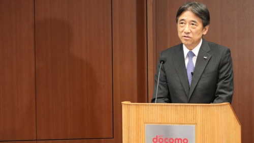 NTTドコモの上場会社として最後の決算会見に臨む吉沢和弘社長