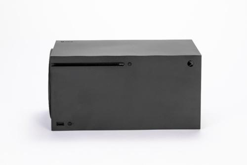 横置きしたXbox Series X